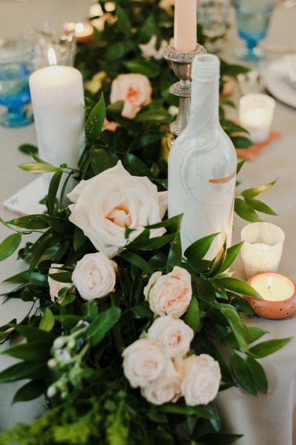 Marble table number at a wedding in Normandy France by wedding stylists Knot & Pop
