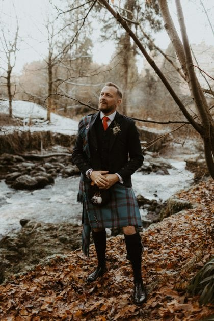 Kilt grooms style at a Castle Winter Wedding by wedding planners and event stylists, Knot & Pop. Photography by The Hendrys.
